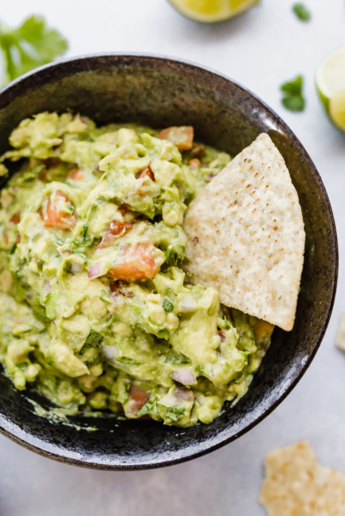 21 vegan party food favorites - guacamole