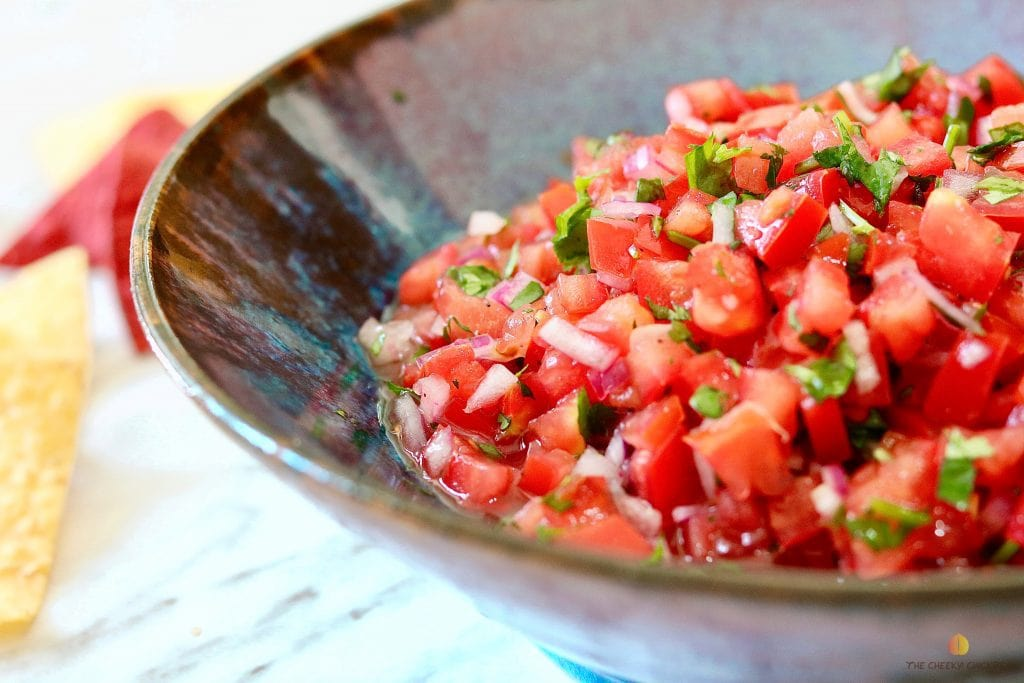 21 vegan party food favorites - pico de gallo