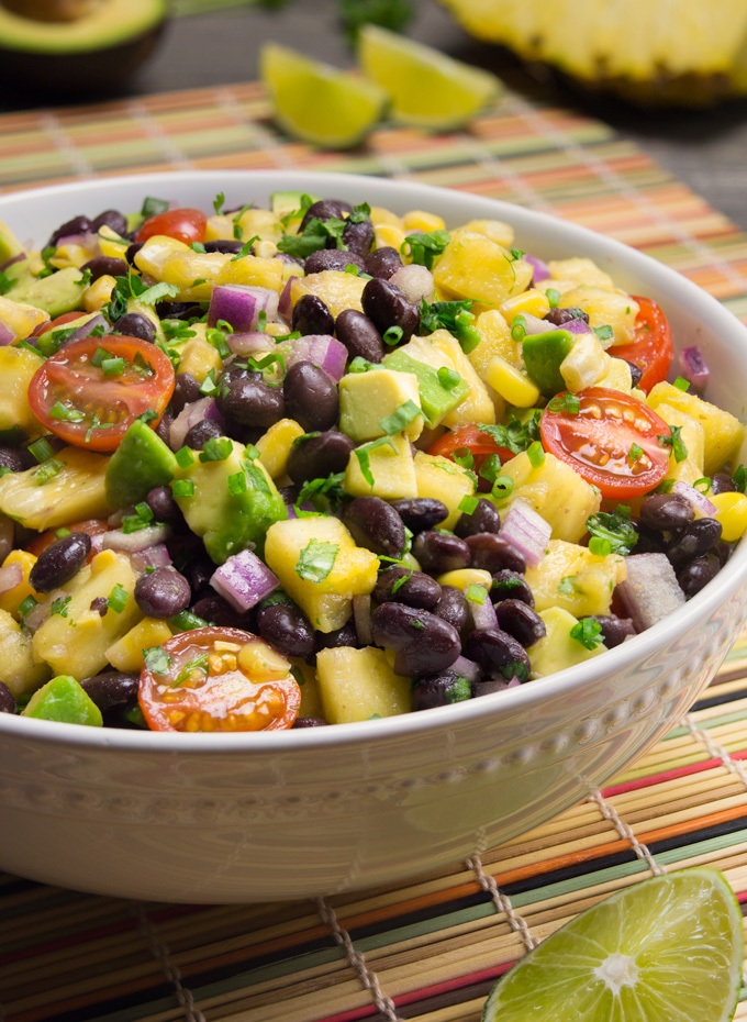 21 vegan party food favorites - pineapple fiesta salad